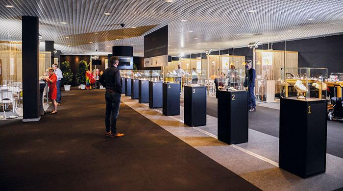 Die Schmuckstücke der Nominierten werden in der Design Area präsentiert.